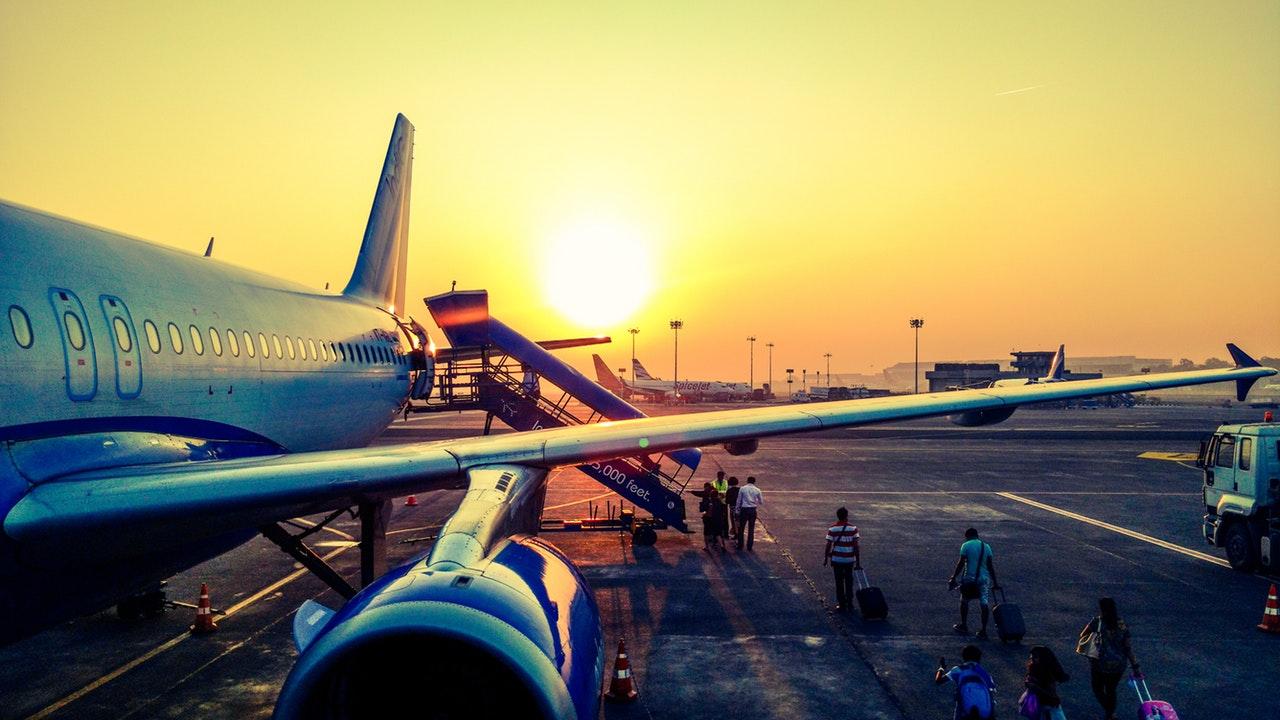 Μεταφορά από και προς Αεροδρόμιο Μακεδονία (SKG)